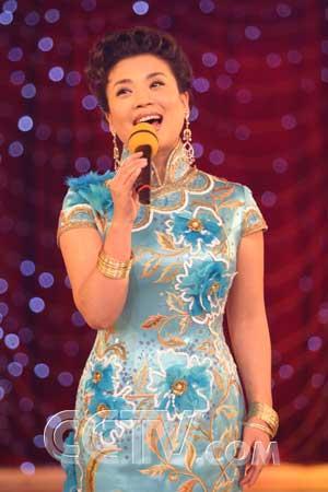 中国好声_CCTV.com-04月04日 CCTV-3 21:15 新视听:难忘的旋律(下)