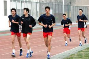 ... 男 运动员 露 凸 点 中国 女 运动员 露 凸 点 中国