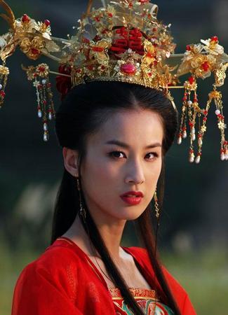 电视指南 资讯 > 正文            在电视剧《天仙配》中黄圣依扮演的